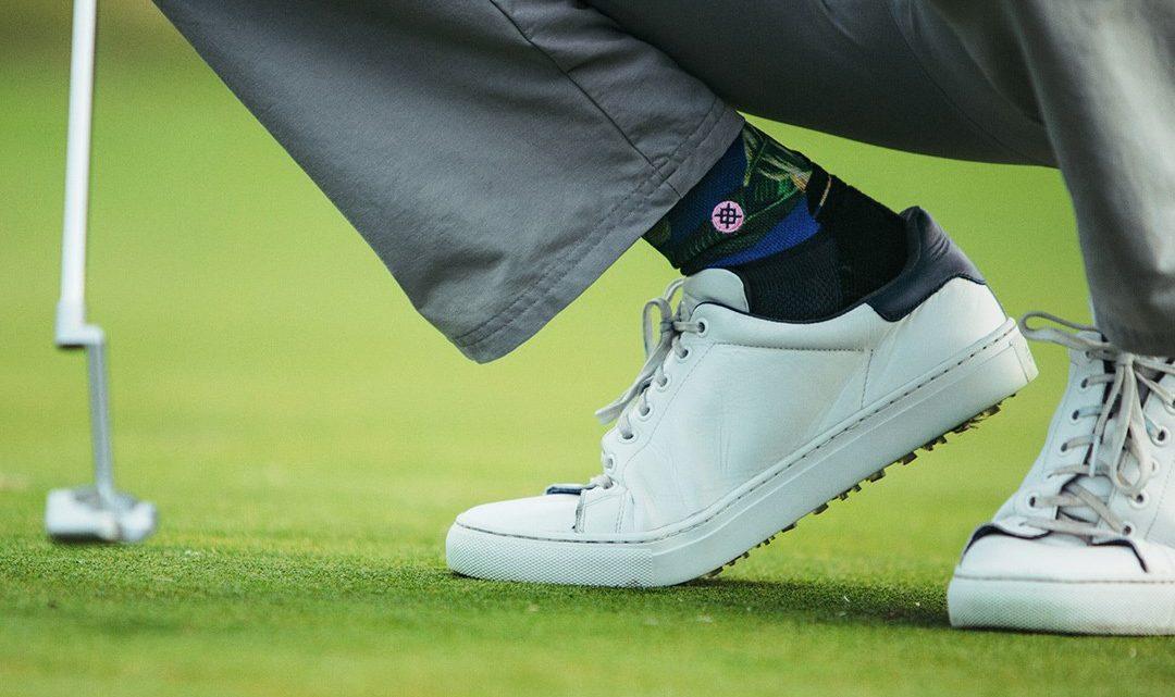 Golfkommentator sælger Bubbas sokker i Danmark